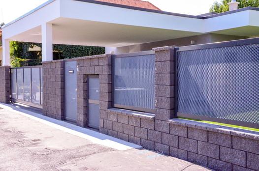 Betonová sloupová hlavice - štípaná
